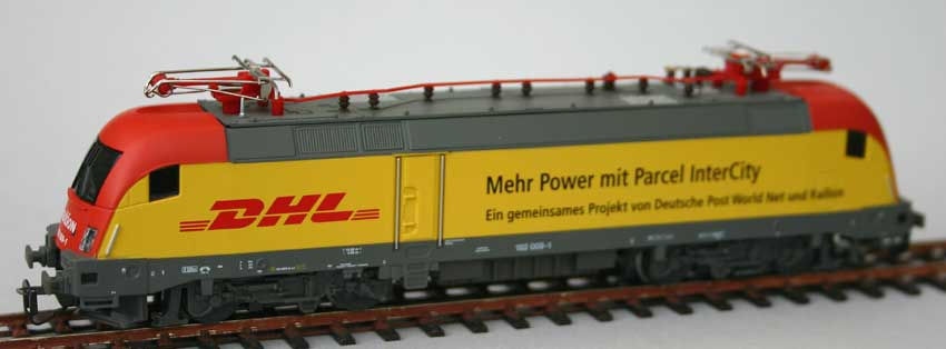 PIKO DHL Taurus Electric Locomotive German Outline